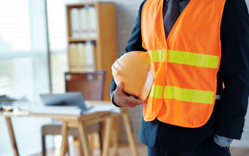 alat keselamatan kerja-Rompi Reflektor (Safety Vest)