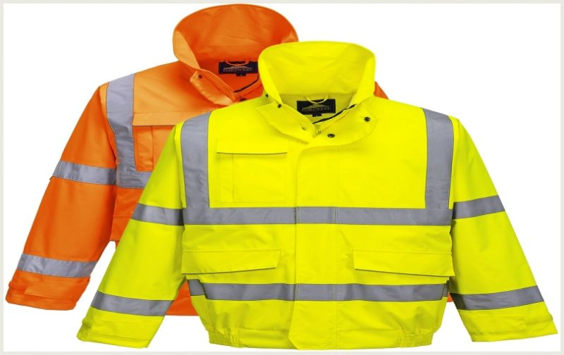 alat keselamatan kerja-Jas Hujan (Raincoat)