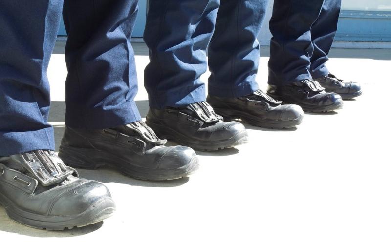 alat-keselamatan-kerja-Sepatu-Boot-Safety-Boot-