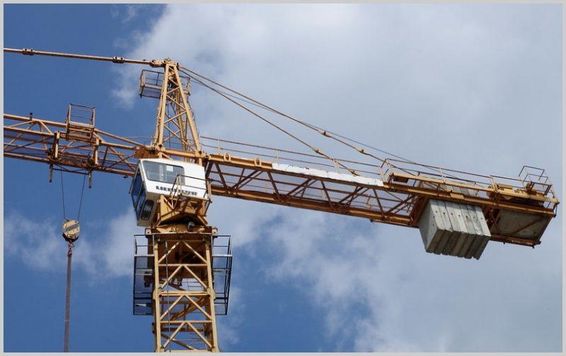 jenis-jenis alat berat-Tower Crane-jenis jenis alat berat dan fungsinya, jenis jenis alat berat pada pekerjaan konstruksi, jenis jenis alat berat pada pekerjaan teknik sipil, jenis jenis alat berat beserta gambarnya, jenis jenis alat berat caterpillar, jenis jenis alat berat pada pekerjaan jalan, jenis jenis alat berat tambang