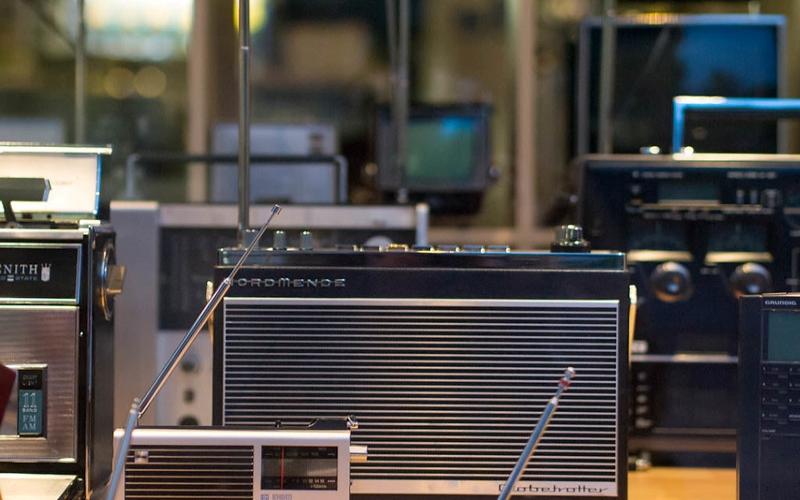 jenis-jenis radio-am-jenis jenis radio-jenis jenis radioaktif-jenis jenis radio-jenis jenis radio penerima-macam macam radio komunikasi-macam macam radioterapi
