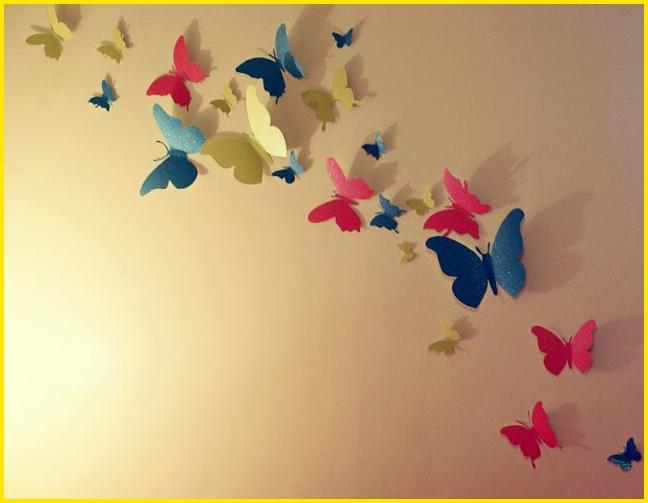 sketsa kupu kupu di tembok